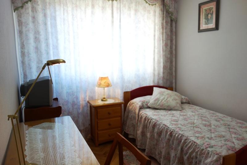 Habitaci n en alquiler para estudiantes en madrid id 144h1 vive y estudia - Habitacion para estudiantes en madrid ...